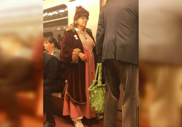 Пассажиры метро, которых невозможно не заметить в толпе