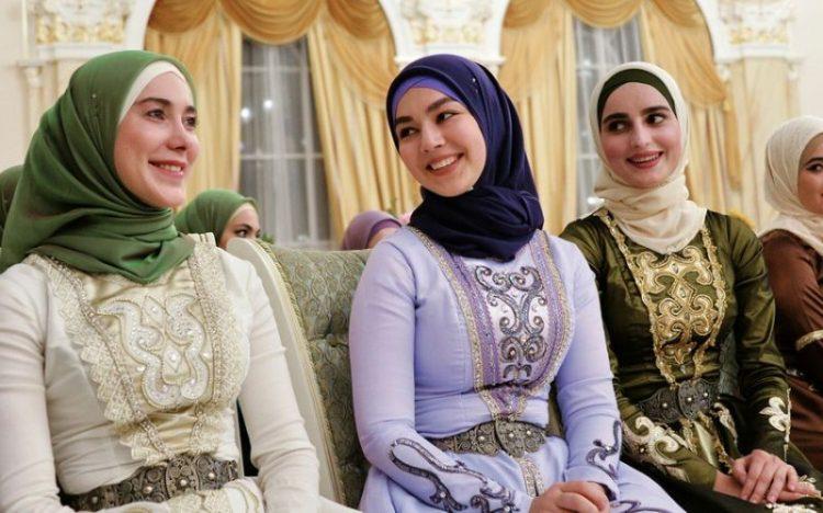 Будни женщины-мусульманки: одежда, быт, дети и другое